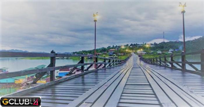 หน้าฝนที่สะพานมอญ